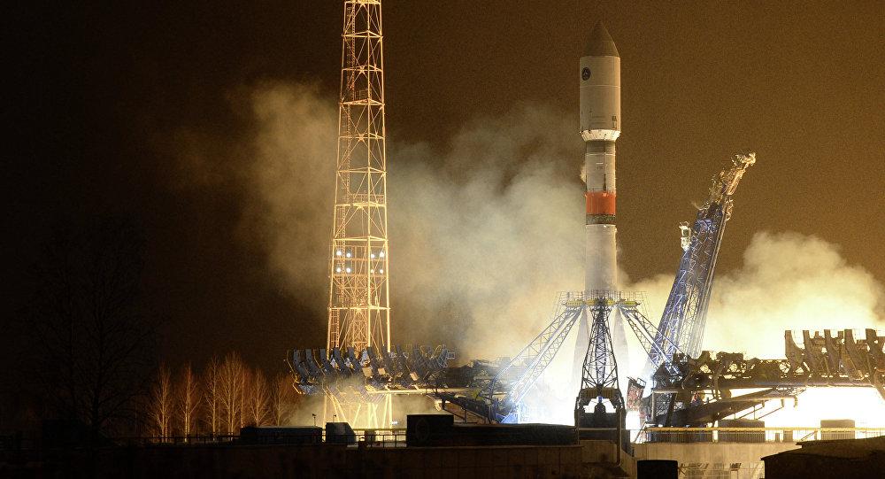 Lanzamiento del cohete Soyuz-2.1b (archivo)
