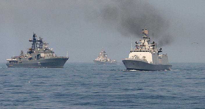 Las maniobras ruso-indias Indra-2014