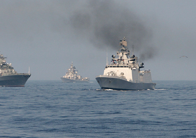 Maniobras navales Indra Navy-14