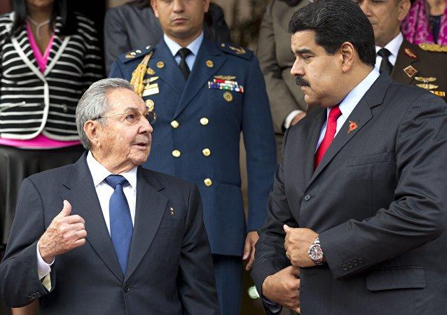 Raúl Castro y presidente de Venezuela, Nicolás Maduro