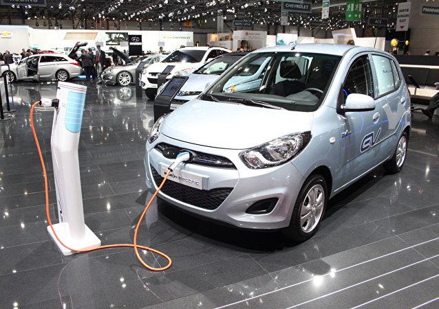 Electromóvil Hyundai BlueOn