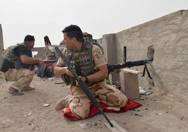 Militares iraquíes en Ramadi