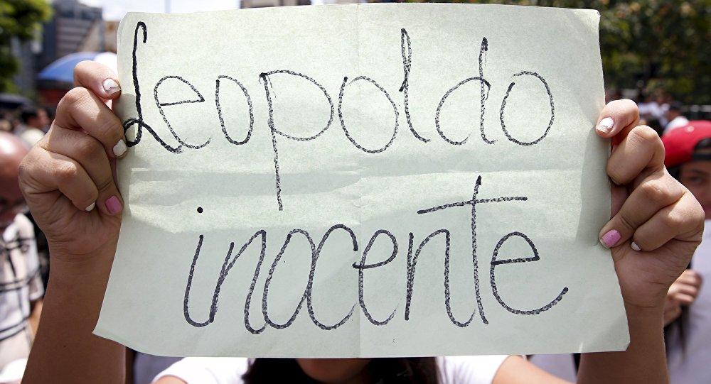 Manifestantes venezolanos exigen la liberación del líder opositor Leopoldo López