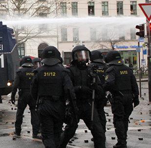 Policías alemanes en Leipzig
