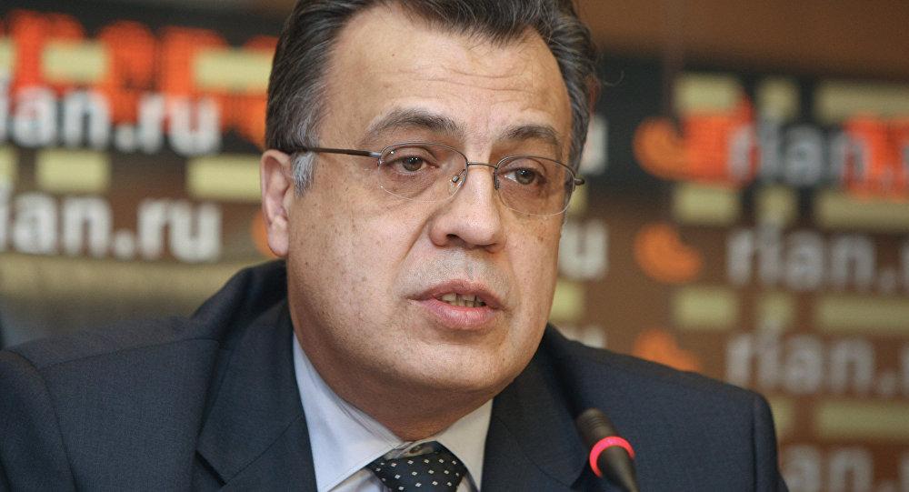 Andréi Karlov, embajador de Rusia en Ankara