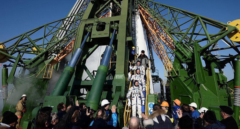 El lanzamiento del cohete Soyuz desde el cosmódromo Baikonur