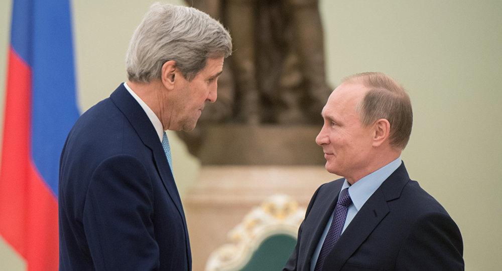 Secretario de Estado de EEUU, John Kerry y presidente de Rusia, Vladímir Putin
