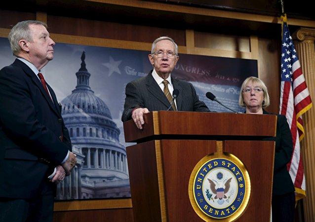 Senado de EEUU aprueba desembargar las exportaciones de petróleo