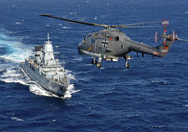Maniobras Trident Juncture 2015 en el mar Mediterráneo