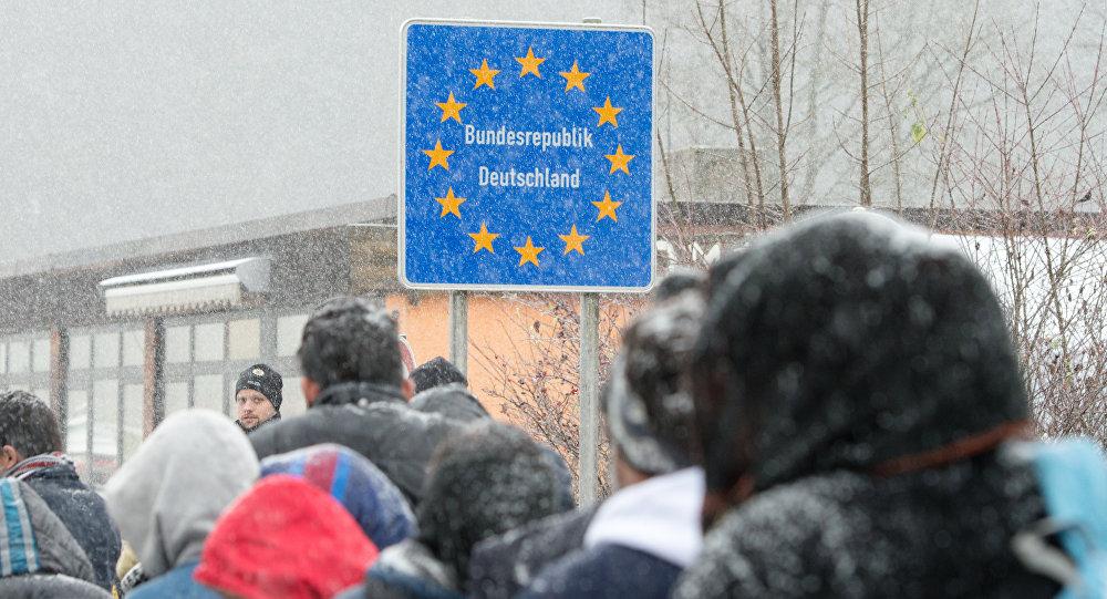 Refugiados en frontera entre Austria y Alemania