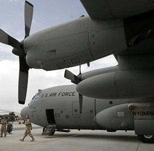 Militares estadounidenses en la base aérea de Bagram (archivo)