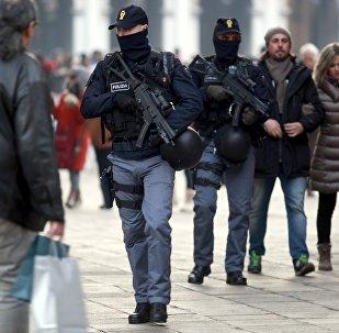 Policías italianos en Venecia