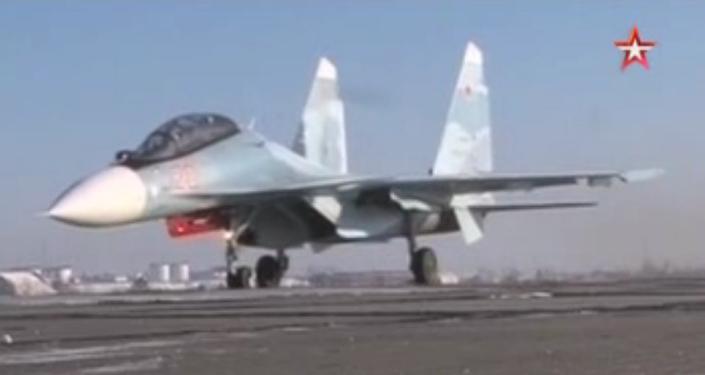 """Pilotos rusos destruyen a los """"terroristas"""""""