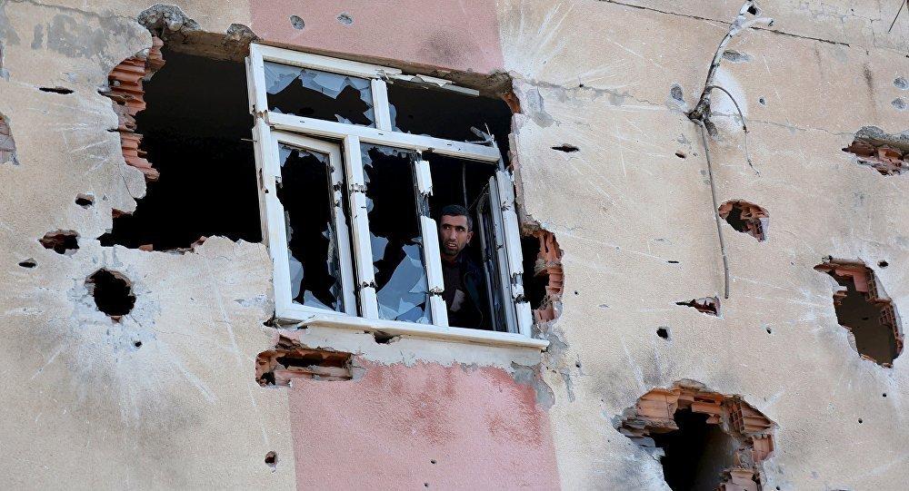 Consecuencias de enfrentamientos entre los kurdos y Ejército turco
