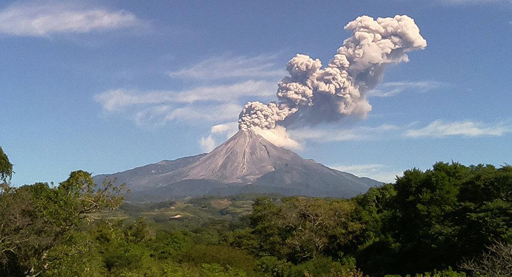 Volcán de Fuego, México