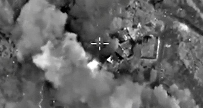 Bombardeos de posicioines de Daesh en Siria