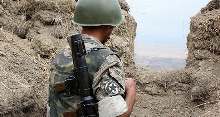 Un soldado del Ejército de Alto Karabaj