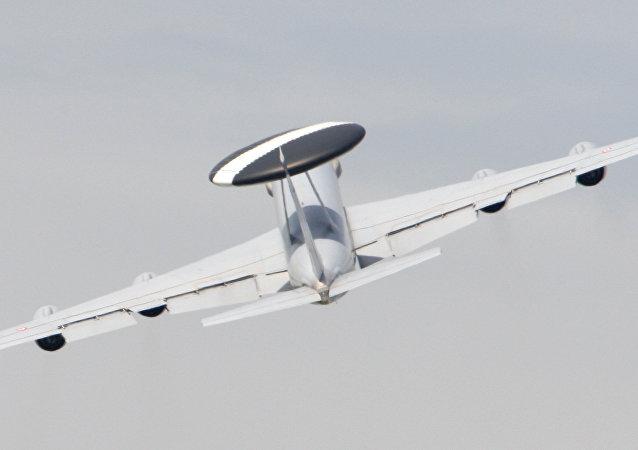 El Boeing E-3 Sentry