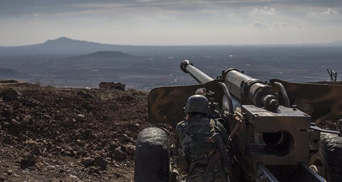 Un militar del Ejército sirio