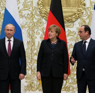 Encuentro entre Vladímir Putin, Angela Merkel, François Holland y Petró Poroshenko en Minsk (archivo)