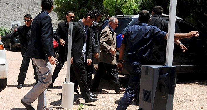 Eugenio Figueredo, exvicepresidente de la FIFA, después de extradición a Uruguay