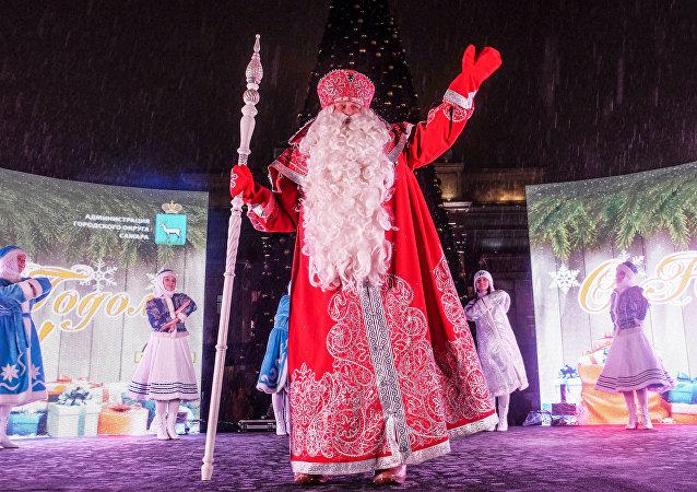 Ded Moroz (Papa Noél ruso)