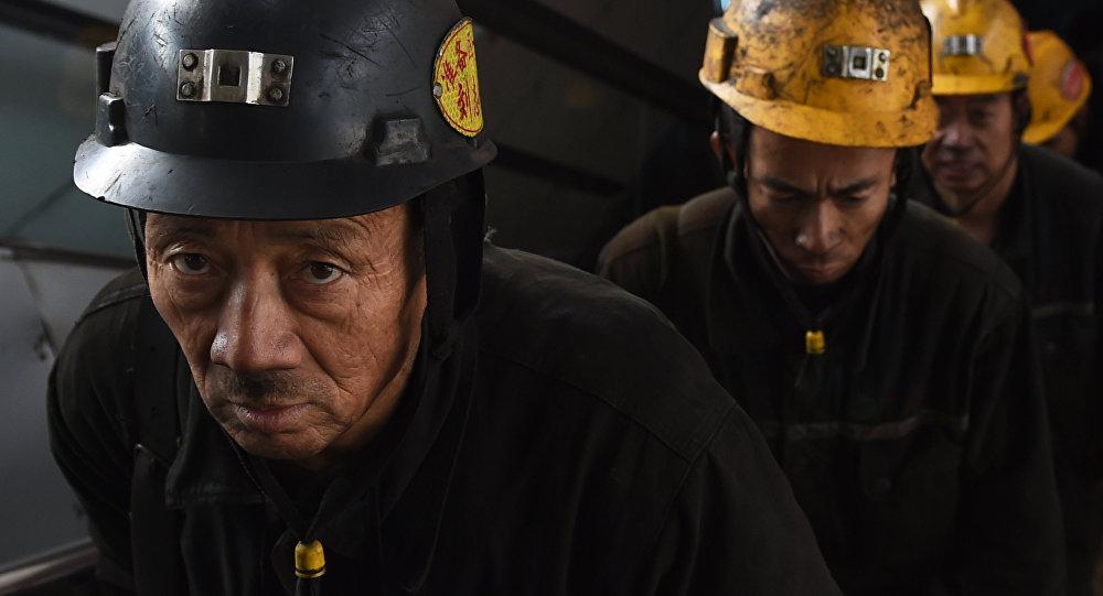 Mineros chinos (archivo)
