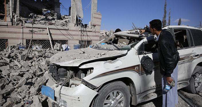 Consecuencias de los bombardeos de la coalición árabe en Yemen