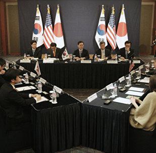 La reunión tripartita entre diplomáticos de EEUU, Japón y Corea del Sur en Seúl (archivo)