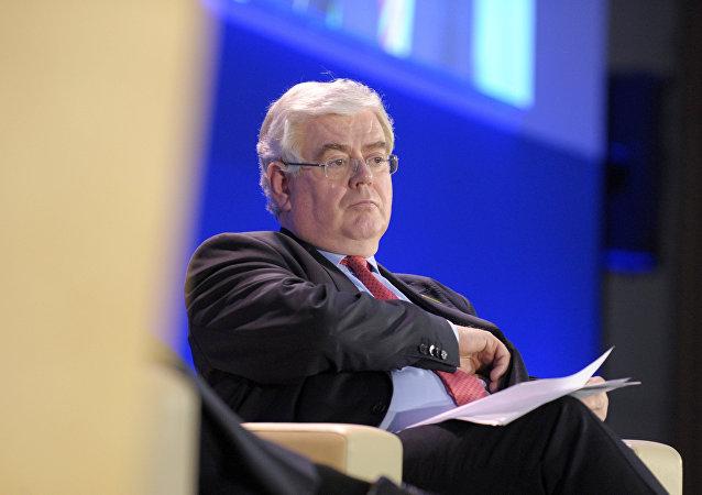 Eamon Gilmore, enviado especial de la UE para el proceso de paz en Colombia
