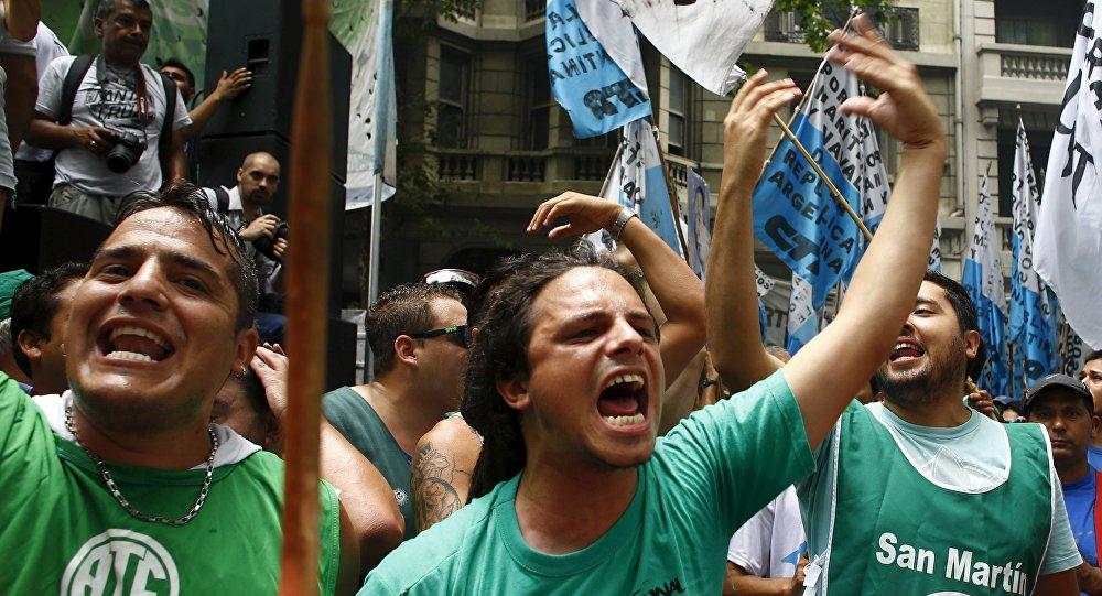 Una demostración en Buenos Aires contra las medidas económicas introducidas por el presidente Mauricio Macri