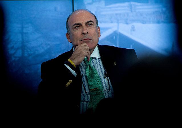 Muhtar Kent, director ejecutivo de la compañía internacional de gaseosas Coca Cola
