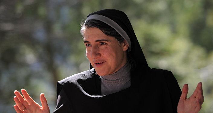 Teresa Forcades, la religiosa catalana, detenida en Israel por amenazar la seguridad nacional