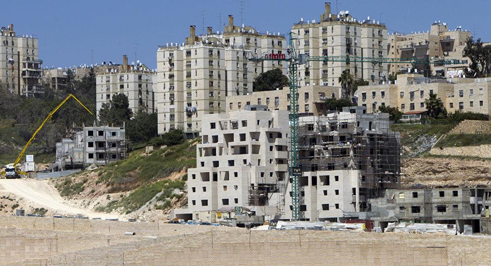 Construcción de nuevas viviendas en colonias judías (archivo)
