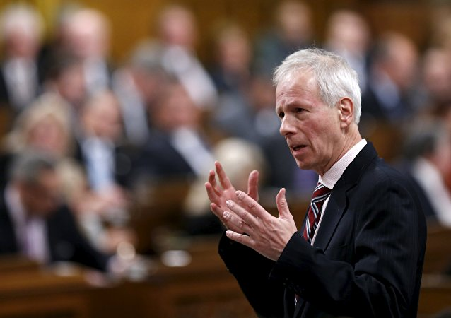 Stephane Dion, ministro de Exteriores de Canadá