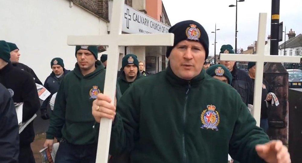 Patrulla cristiana en la ciudad británica de Luton