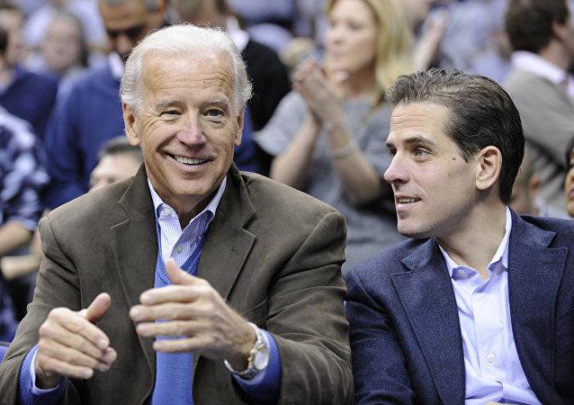 Joe Biden, el vicepresidente de EEUU, con su hijo, Hunter Biden