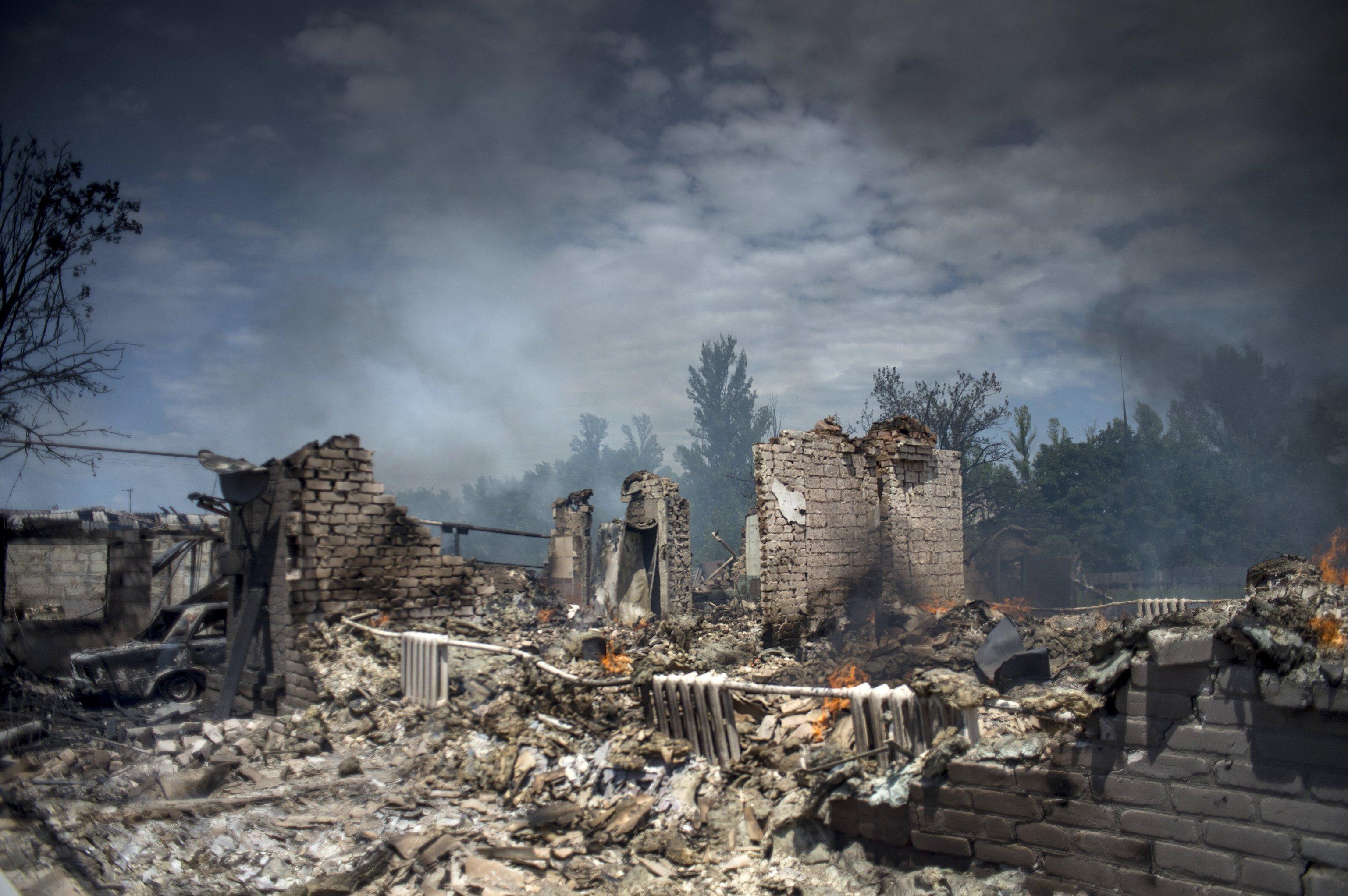 Consecuencias de los bombardeos aéreos en stanitsa Luganskaya