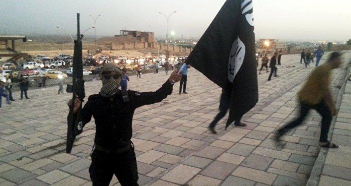 Dimisión de Asad allanaría el camino al poder para Daesh