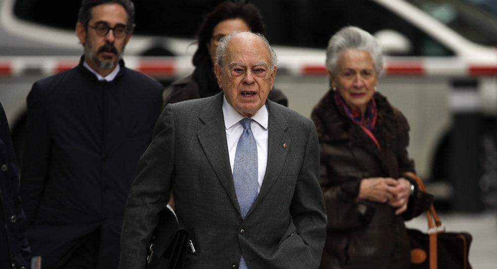 Jordi Pujol, expresidente catalán, y su mujer en la Audiencia Nacional de Madrid
