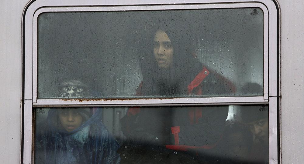 Refugiados van a Eslovenia