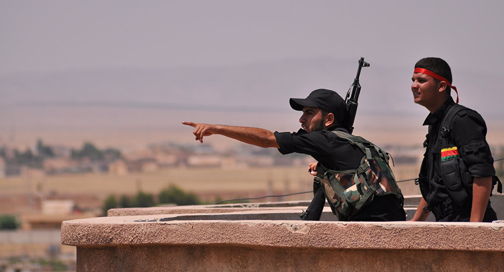 Kurdos sirios de YPG (archivo)