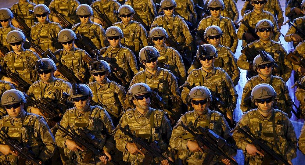 Soldados turcos