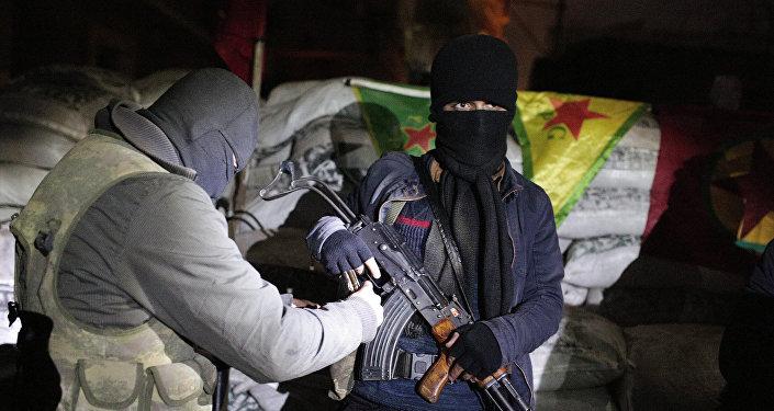 Militantes del PKK en Sirnak (archivo)