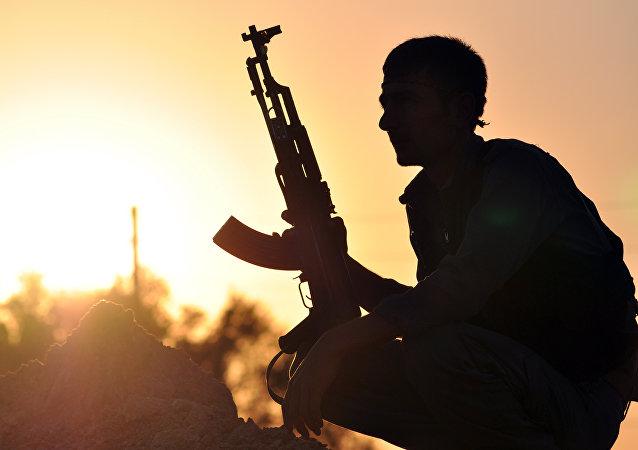 Un kurdo de YPG (archivo)
