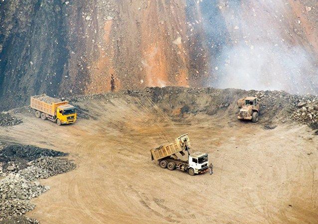 Extracción de carbón en la región de Cheliábinsk