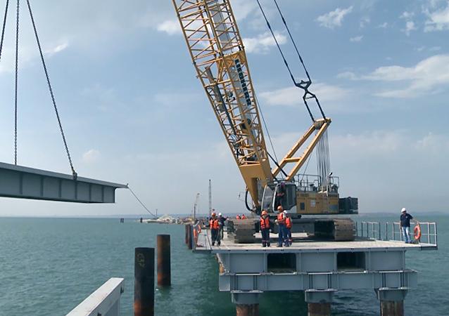 La construcción de un puente sobre el estrecho de Kerch