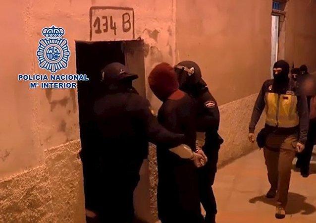 Policía Nacional de España detiene los presuntos yihadistas en la ciudad de Ceuta