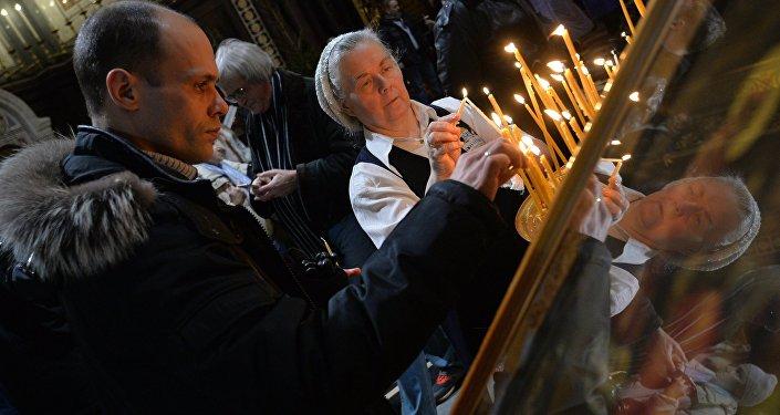 Rusos apoya papel de la Iglesia Ortodoxa en la vida del país