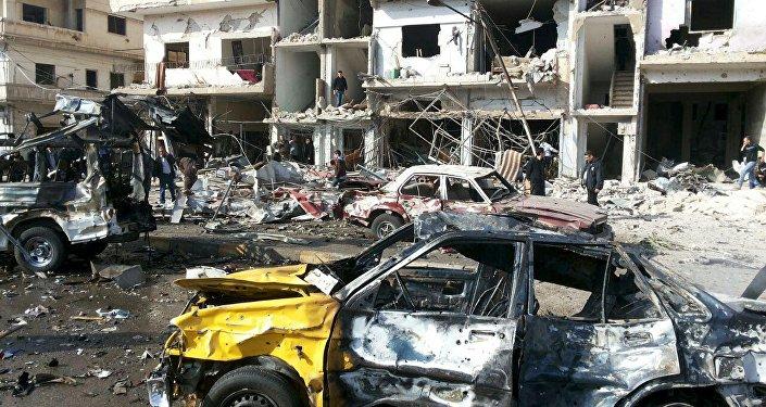 El lugar del doble atentado en Homs, Siria